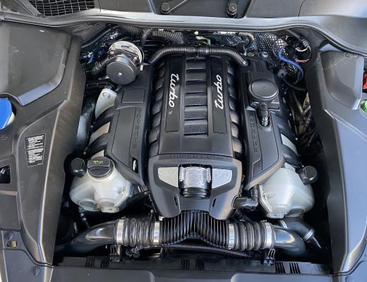 Porsche Cayenne II Turbo Aut. 20 Zoll, ACC, Glas Dach, Home Link, AHK, Vollleder bei CarPort || Meyer-Hafner in