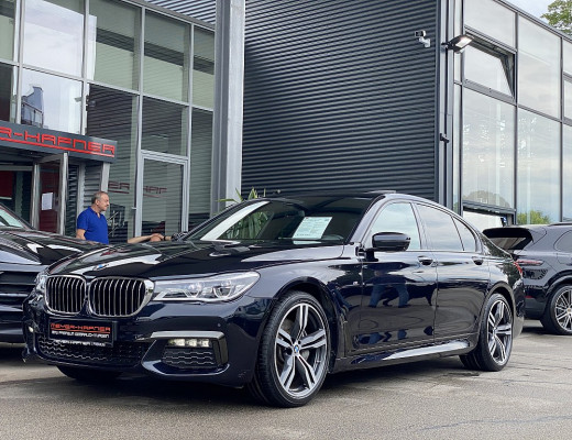 BMW 730d xDrive Aut., M-Paket, Navi-Pro, Head-Up, Glasdach, HiFi, Kamera, 20 Zoll, Nl-55% bei CarPort || Meyer-Hafner in