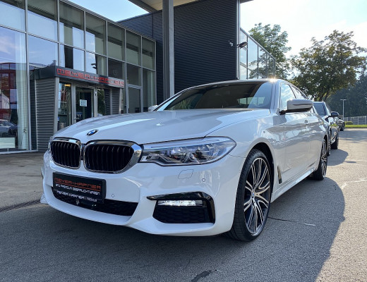 BMW 530d xDrive M-Paket Aut., LED, Glasdach, Navi-Pro, Head-Up, Harman Kardon, 20 Zoll, Nl-51% bei CarPort || Meyer-Hafner in