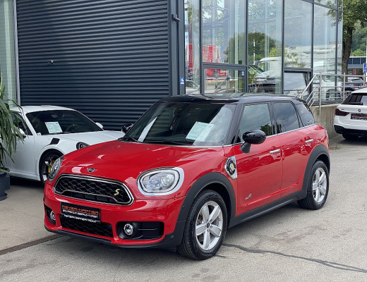 Mini MINI Cooper SE Countryman Hybrid ALL4 Aut., ISOFIX, LED, SHZ, Navi bei CarPort || Meyer-Hafner in
