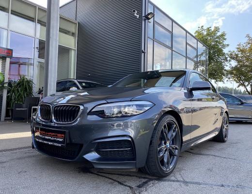 BMW M240i Coupé xDrive Aut., LCI, HiFi, Navi-Pro, SHZ, Glasdach, Kamera, 18″, NL-43% bei CarPort || Meyer-Hafner in