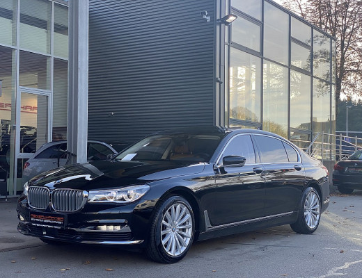 BMW 740Ld xDrive Aut., Head-Up, Harman Kardon, Navi-Pro, Laserlight, STHZ, Massage, SBL, Kamera, 19 Zoll bei CarPort || Meyer-Hafner in