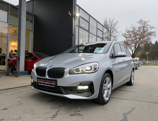 BMW 218i Gran Tourer Aut., 7-Sitzer, Kamera, Navi, LED bei CarPort || Meyer-Hafner in