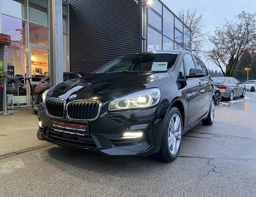 BMW 218i Gran Tourer Aut.(7-Sitzer), LED, SHZ, Kamera, Navi, 18″ bei CarPort || Meyer-Hafner in