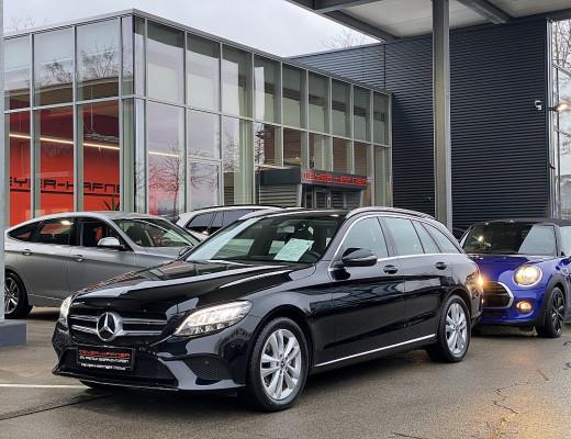 Mercedes-Benz C 200 d T-Modell Aut., LED, Kamera, Navi bei CarPort || Meyer-Hafner in