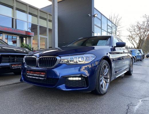 BMW 530i Touring xDrive M-Paket Aut., STHZ, AHK, LKHZ, LED bei CarPort || Meyer-Hafner in