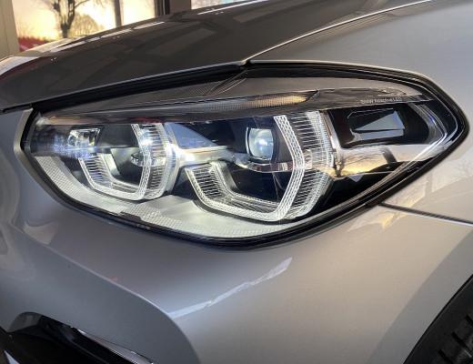 BMW X3 xDrive30d Aut., HiFi, LED, LKHZ, Kamera, AHK, Navi-Pro, 19″ bei CarPort || Meyer-Hafner in