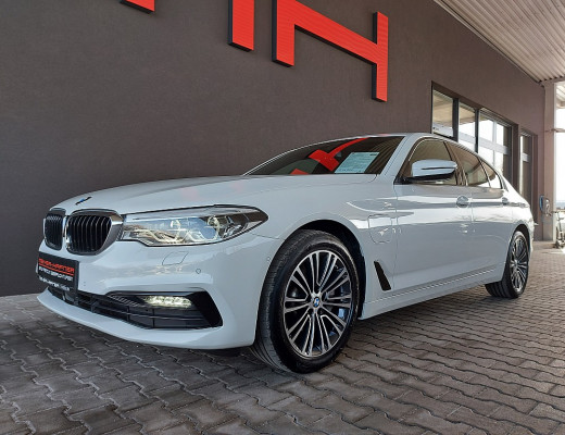 BMW 530e xDrive Limousine Sport Line Aut., HiFi, Head-Up, LED, Memory, Navi, bei CarPort || Meyer-Hafner in
