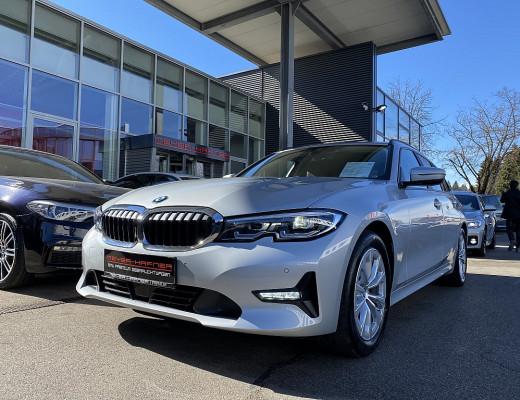 BMW 320d xDrive Touring Aut., AHK, LED, HiFi, Navi bei CarPort || Meyer-Hafner in