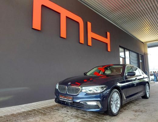 BMW 530d xDrive Aut. Luxury Line, ACC, Night Vision, Standheizung, TV bei CarPort || Meyer-Hafner in