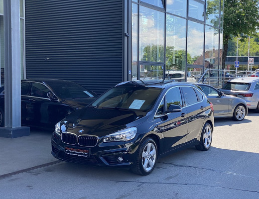BMW 225xe PHEV Active Tourer Sport Line Aut., LKHZ, LED, Kamera, SHZ, Pano, Navi bei CarPort || Meyer-Hafner in