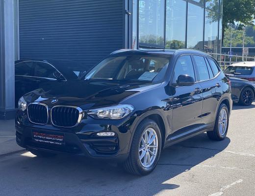BMW X3 xDrive 20d Aut., Navi, SHZ, M-Lederlenkr., 18″ bei CarPort || Meyer-Hafner in