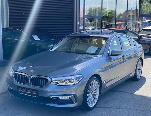 BMW 540i xDrive Limousine Luxury Line Aut., Glasdach, Navi-Pro, Head-Up, LED, 19″ bei CarPort || Meyer-Hafner in