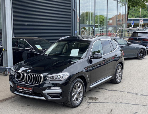 BMW X3 xDrive 20d xLine Aut., Navi-Pro, Pano, Komfortzugang, 19″ bei CarPort || Meyer-Hafner in