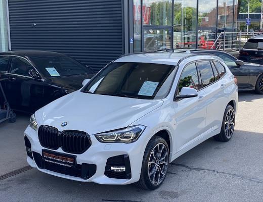 BMW X1 xDrive20i M-Paket Aut., Kamera, LED, SHZ, Navi, Komfortzugang, HiFi bei CarPort || Meyer-Hafner in