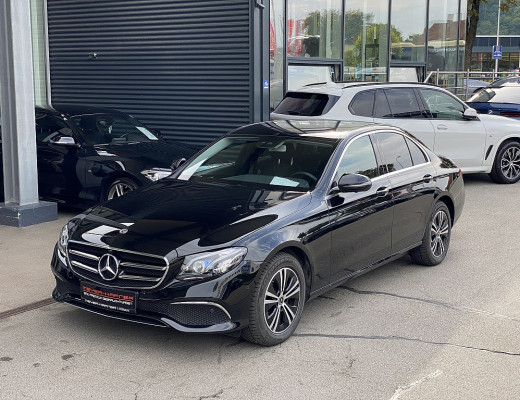 Mercedes-Benz E 220 d Avantgarde Austria Edition Aut., Kamera, LED, Burmester, Navi bei CarPort || Meyer-Hafner in