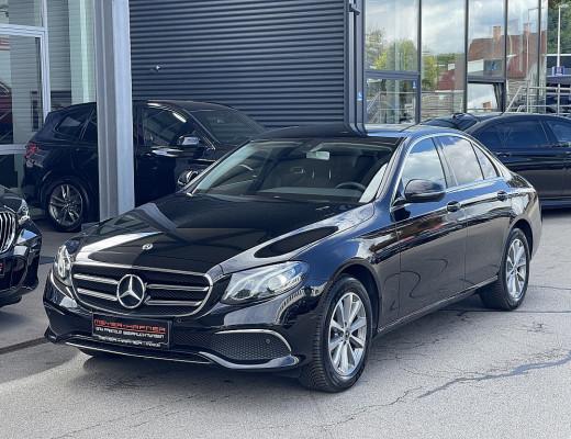 Mercedes-Benz E 220 d Austria Edition Aut., Burmester, LED, MBUX bei CarPort || Meyer-Hafner in