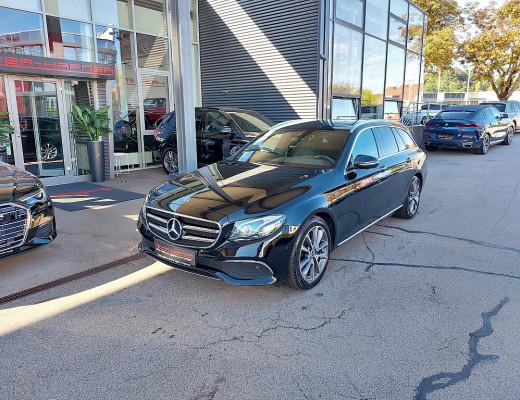 Mercedes-Benz E 220 d T Avantgarde 4MATIC Aut. Multibeam LED, Keyless Go, 360Grad Kamera, Dachhimmel anthrazit bei CarPort || Meyer-Hafner in