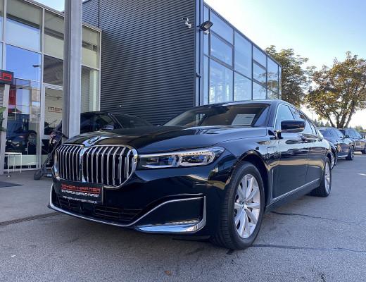 BMW 745Le PHEV xDrive bei CarPort || Meyer-Hafner in