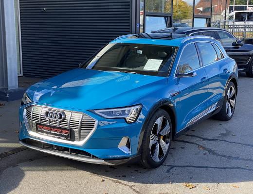 Audi e-tron 55 quattro Advanced, Pano, Kamera, LED-Matrix, Bowers & Wilkins, 20″ bei CarPort || Meyer-Hafner in