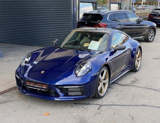 Porsche 911 Carrera Coupe S PDK, Vollausstattung, Keramik, Carbondach, Vierradlenkung, Sport-Chrono, 21″ bei CarPort || Meyer-Hafner in