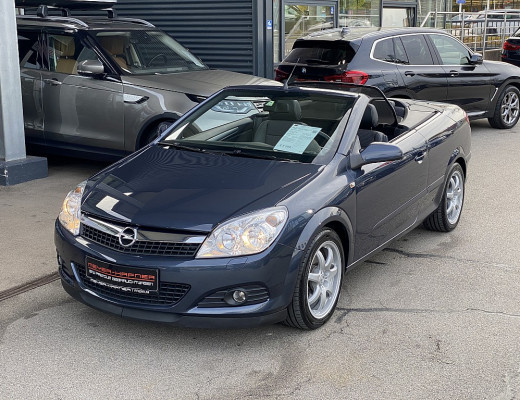 Opel Astra Twin Top Cosmo 1,6 nur 23.900km, kein Winterbetrieb, Neuwertig!!! bei CarPort || Meyer-Hafner in